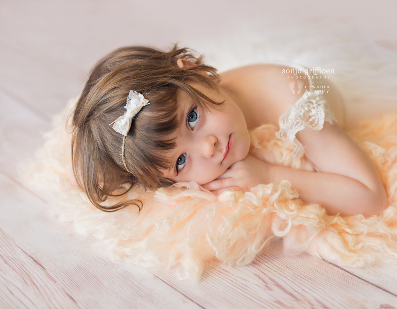 Bonnie-3-years-Brisbane-baby-child-photographer-Sonja-Griffioen-05.jpg