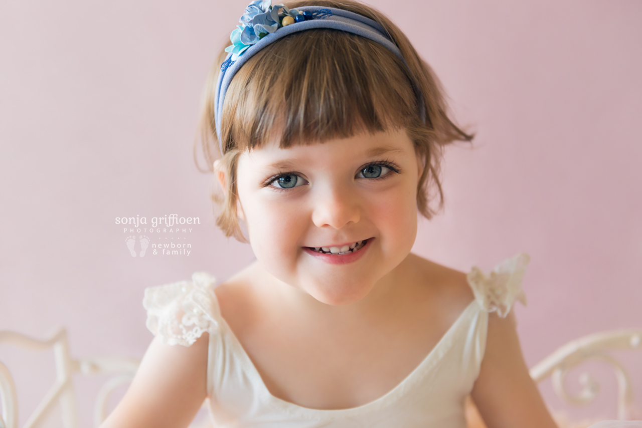 Bonnie-3-years-Brisbane-baby-child-photographer-Sonja-Griffioen-06.jpg