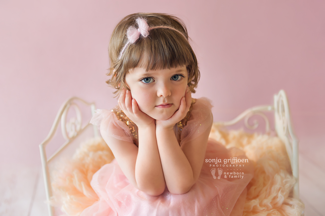 Bonnie-3-years-Brisbane-baby-child-photographer-Sonja-Griffioen-07.jpg
