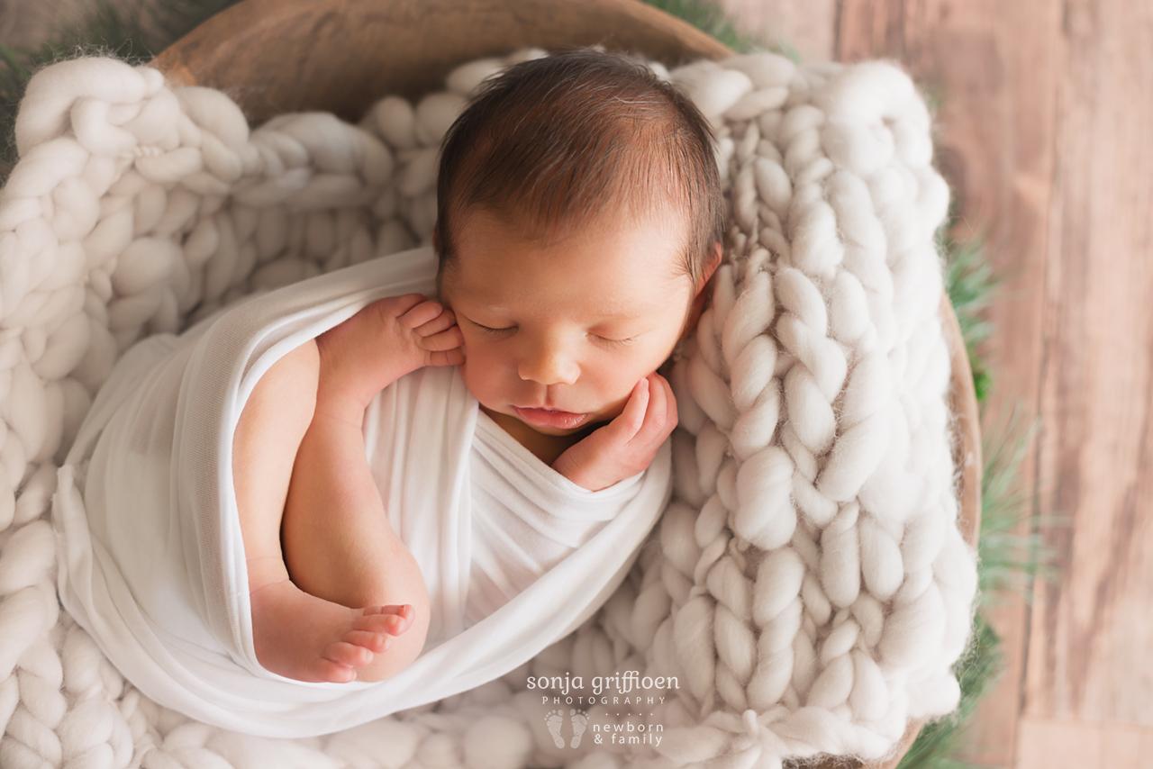 Caleb-Newborn-Brisbane-Newborn-Photographer-Sonja-Griffioen-12.jpg