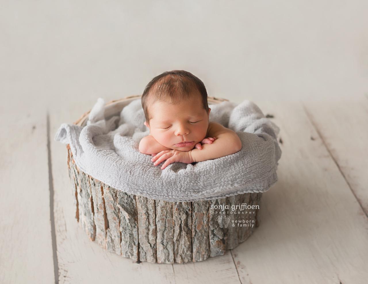 Caleb-Newborn-Brisbane-Newborn-Photographer-Sonja-Griffioen-19.jpg