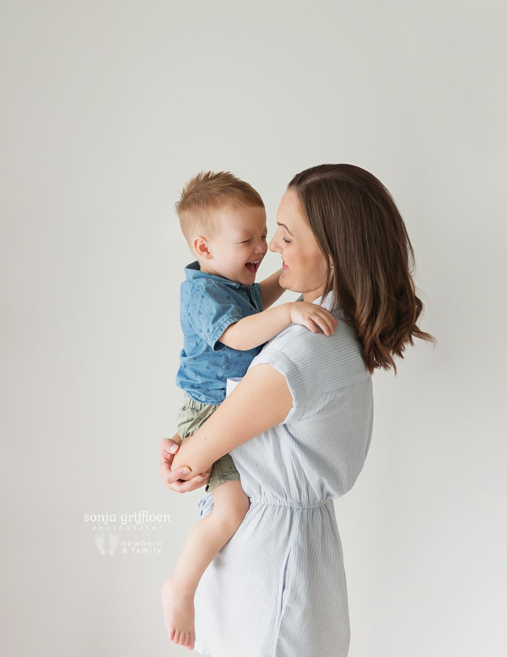 Caleigh-Newborn-Brisbane-Newborn-Photographer-Sonja-Griffioen-13.jpg