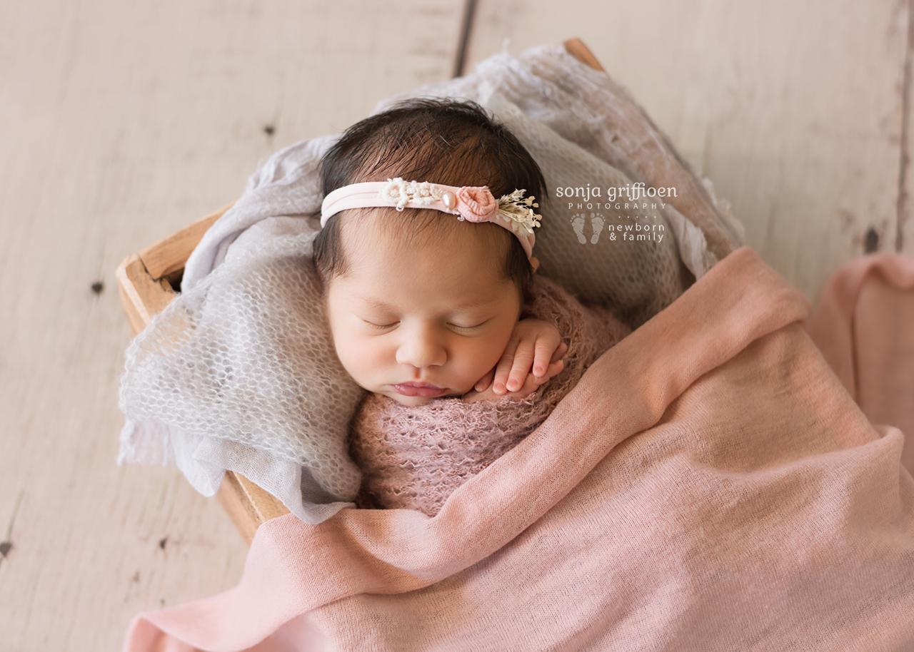 Caoimbe-Newborn-Brisbane-Newborn-Photographer-Sonja-Griffioen-12.jpg
