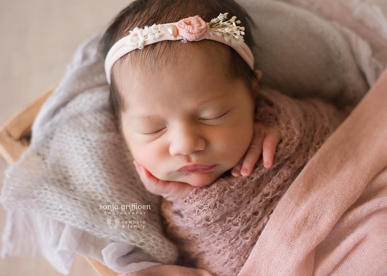 Caoimbe-Newborn-Brisbane-Newborn-Photographer-Sonja-Griffioen-13.jpg