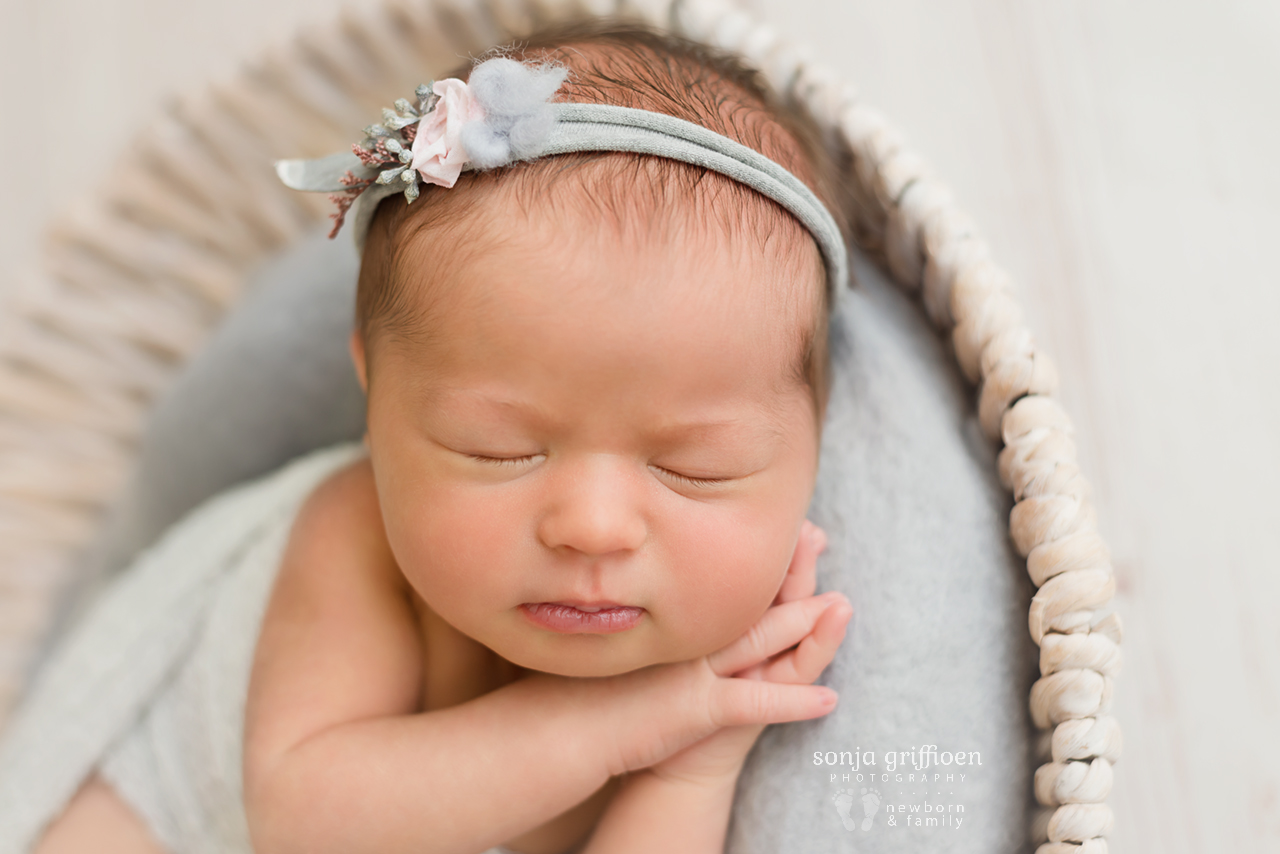 Charlotte-Newborn-Brisbane-Newborn-Photographer-Sonja-Griffioen-07.jpg
