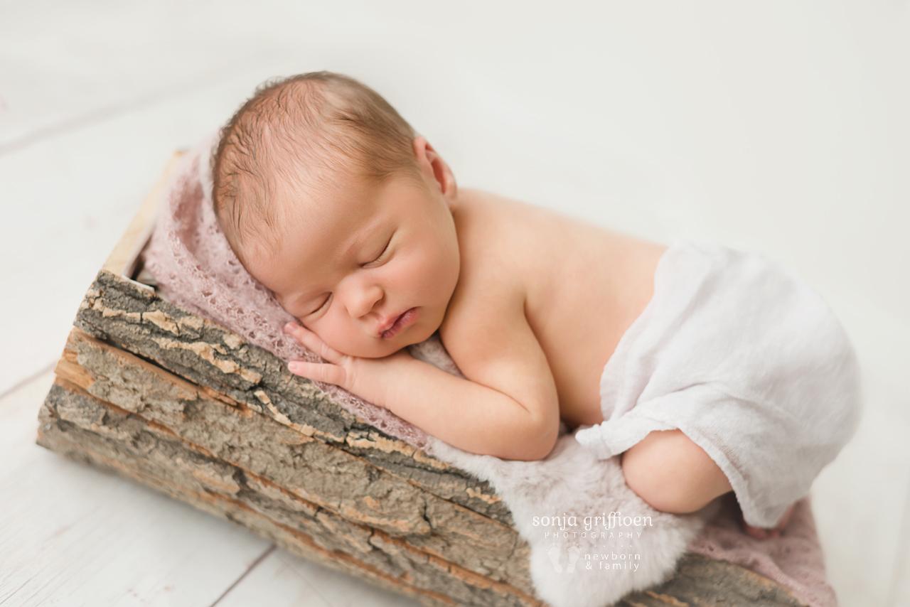 Charlotte-Newborn-Brisbane-Newborn-Photographer-Sonja-Griffioen-08.jpg