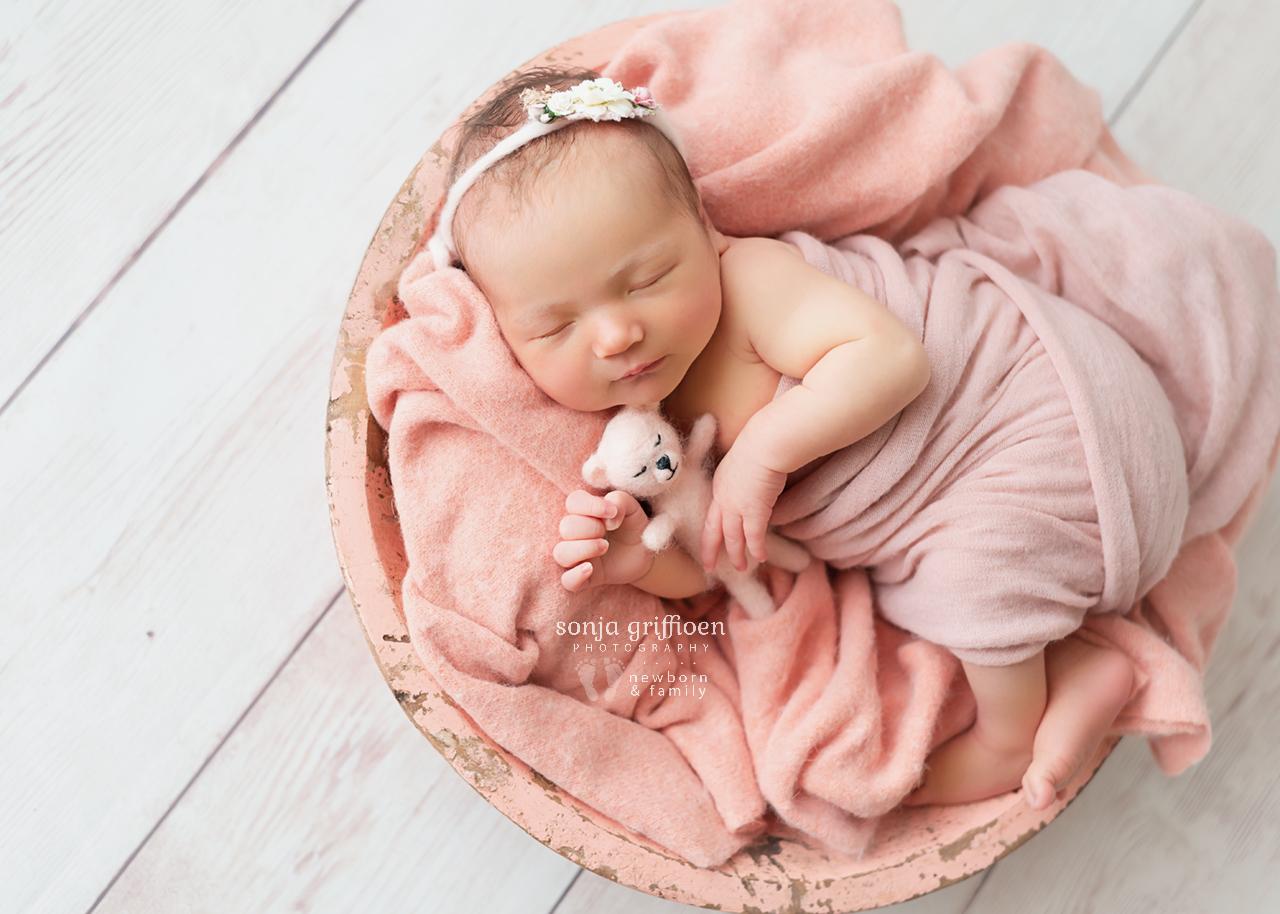 Chloe-Newborn-Brisbane-Newborn-Photographer-Sonja-Griffioen-11.jpg