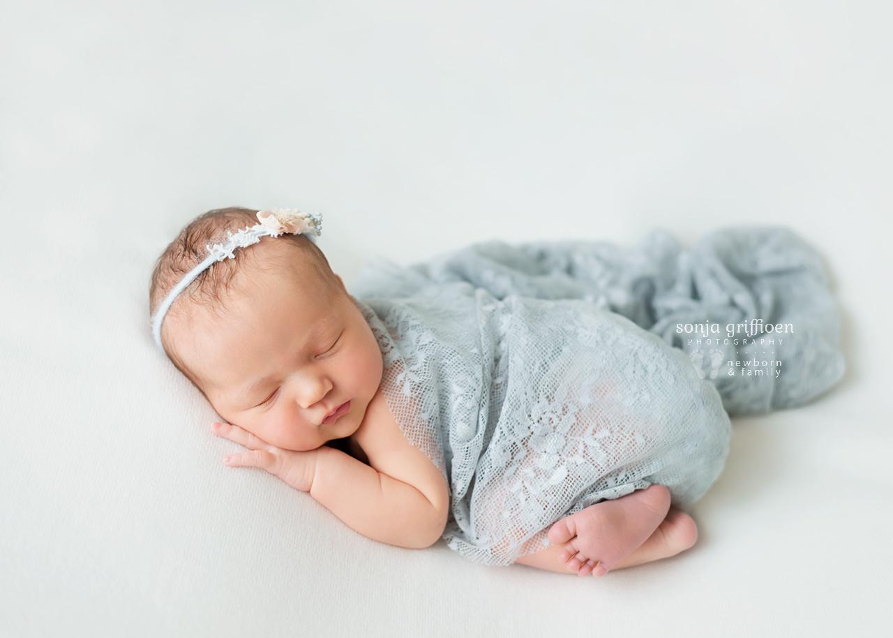 Chloe-Newborn-Brisbane-Newborn-Photographer-Sonja-Griffioen-18.jpg