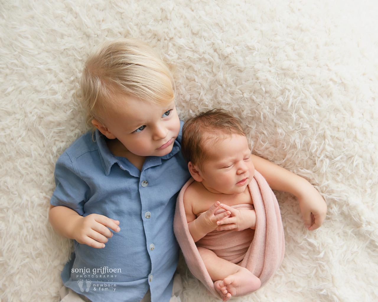 Cleo-Newborn-Brisbane-Newborn-Photographer-Sonja-Griffioen-01.jpg