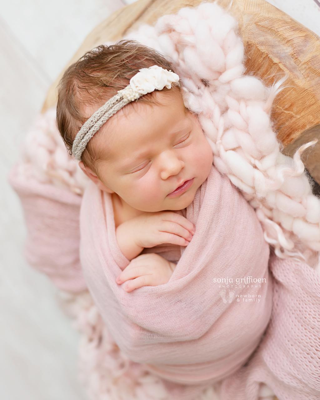 Cleo-Newborn-Brisbane-Newborn-Photographer-Sonja-Griffioen-03b.jpg