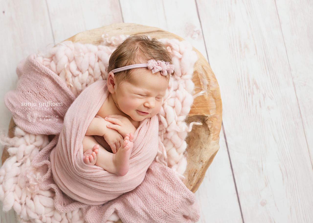 Cleo-Newborn-Brisbane-Newborn-Photographer-Sonja-Griffioen-04.jpg