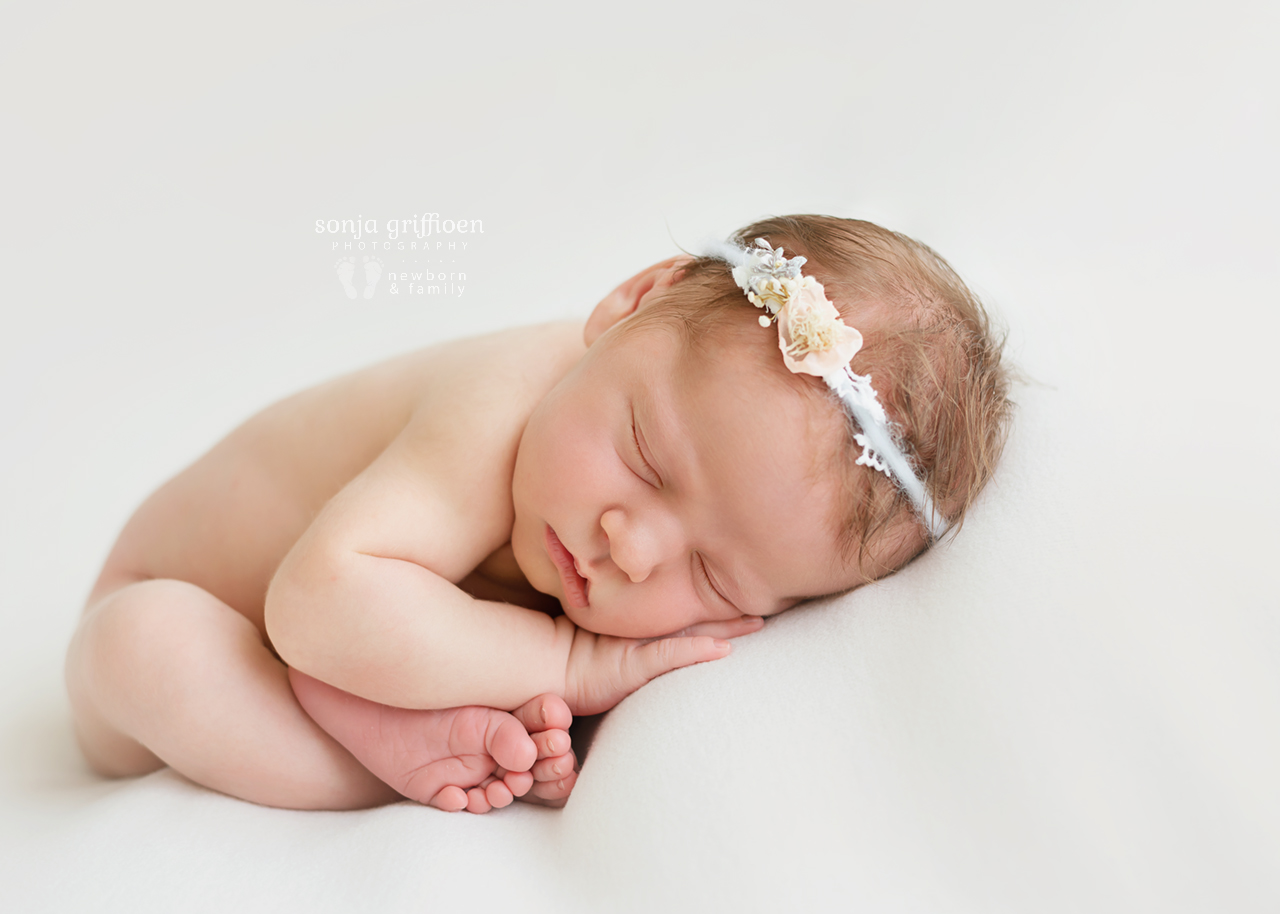 Cleo-Newborn-Brisbane-Newborn-Photographer-Sonja-Griffioen-14.jpg