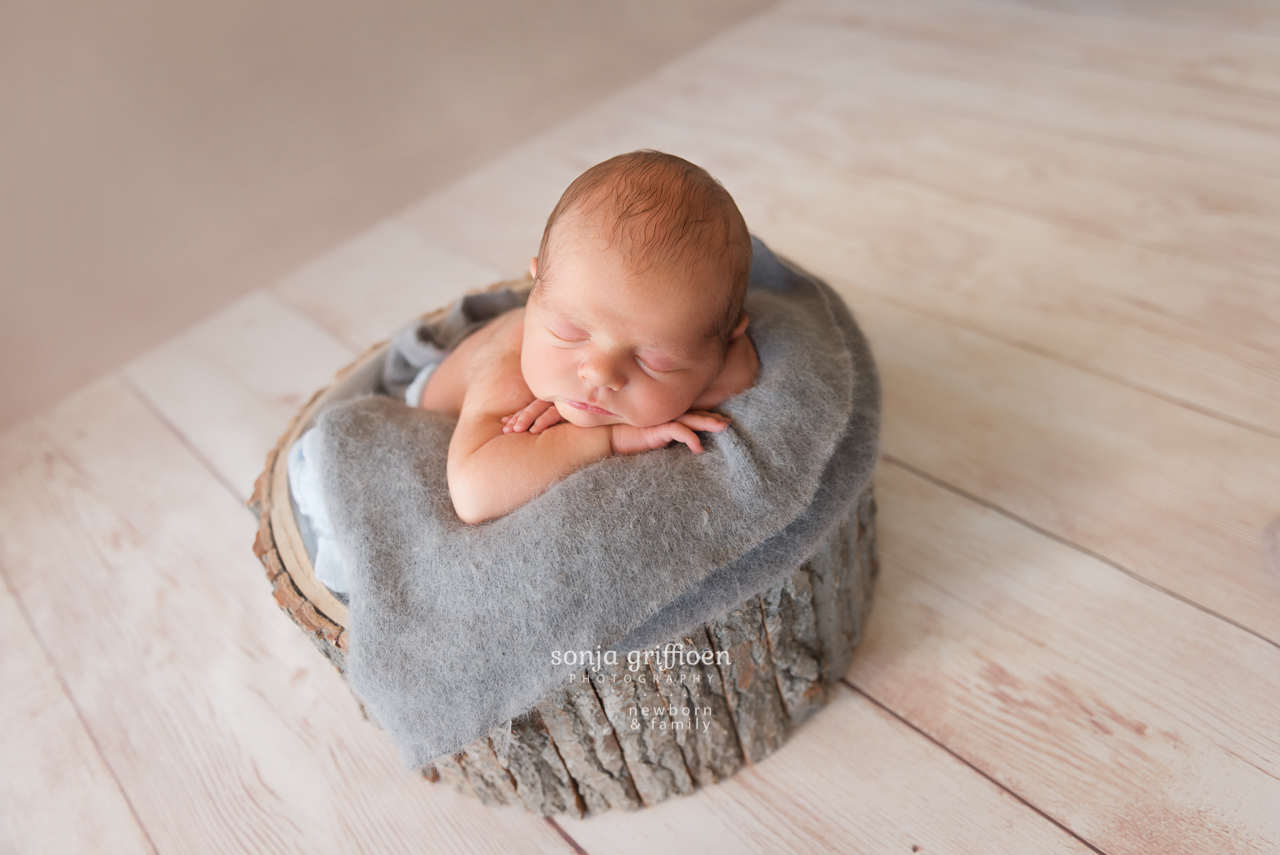 Connor-Newborn-Brisbane-Newborn-Photographer-Sonja-Griffioen-02.jpg