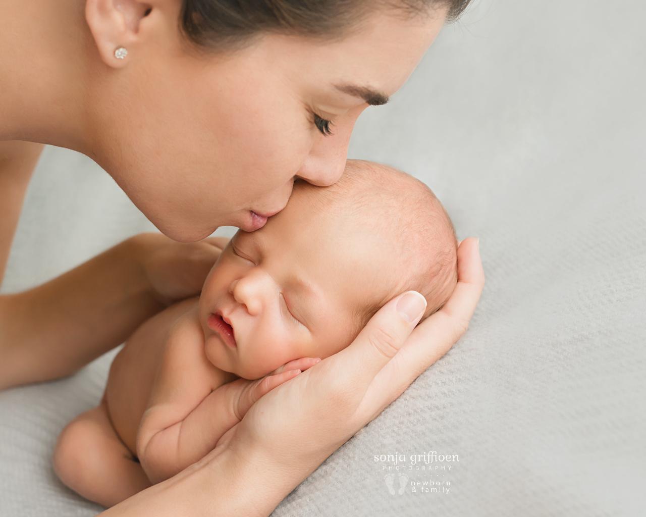 Cooper-Newborn-Brisbane-Newborn-Photographer-Sonja-Griffioen-071.jpg