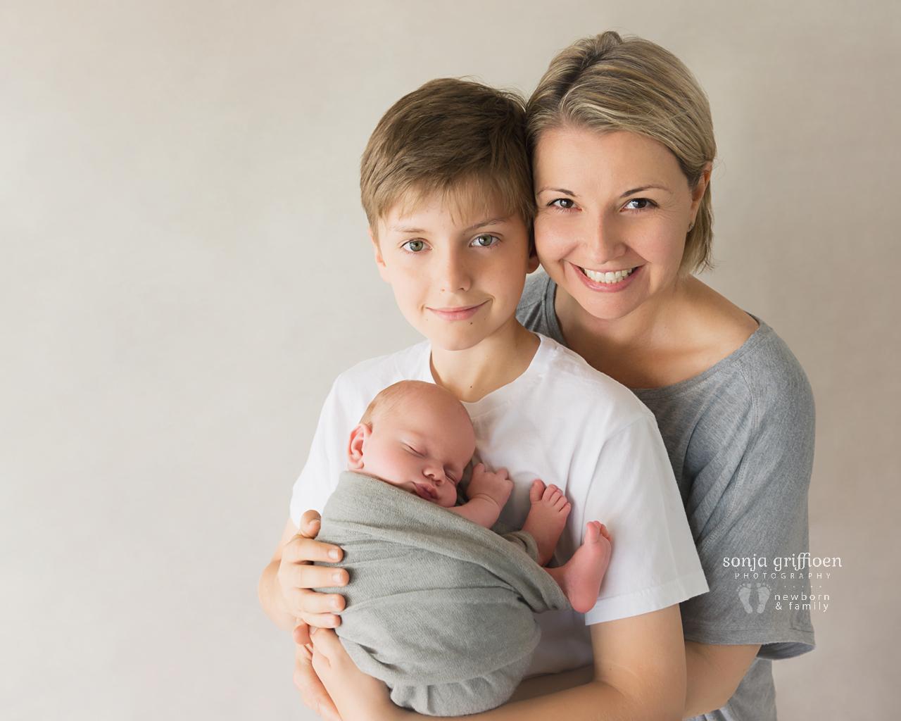 Cooper-Newborn-Brisbane-Newborn-Photographer-Sonja-Griffioen-12.jpg