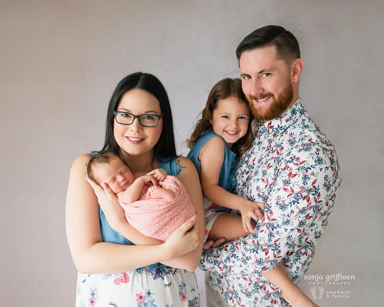 Delilah-Newborn-Brisbane-Newborn-Photographer-Sonja-Griffioen-01.jpg