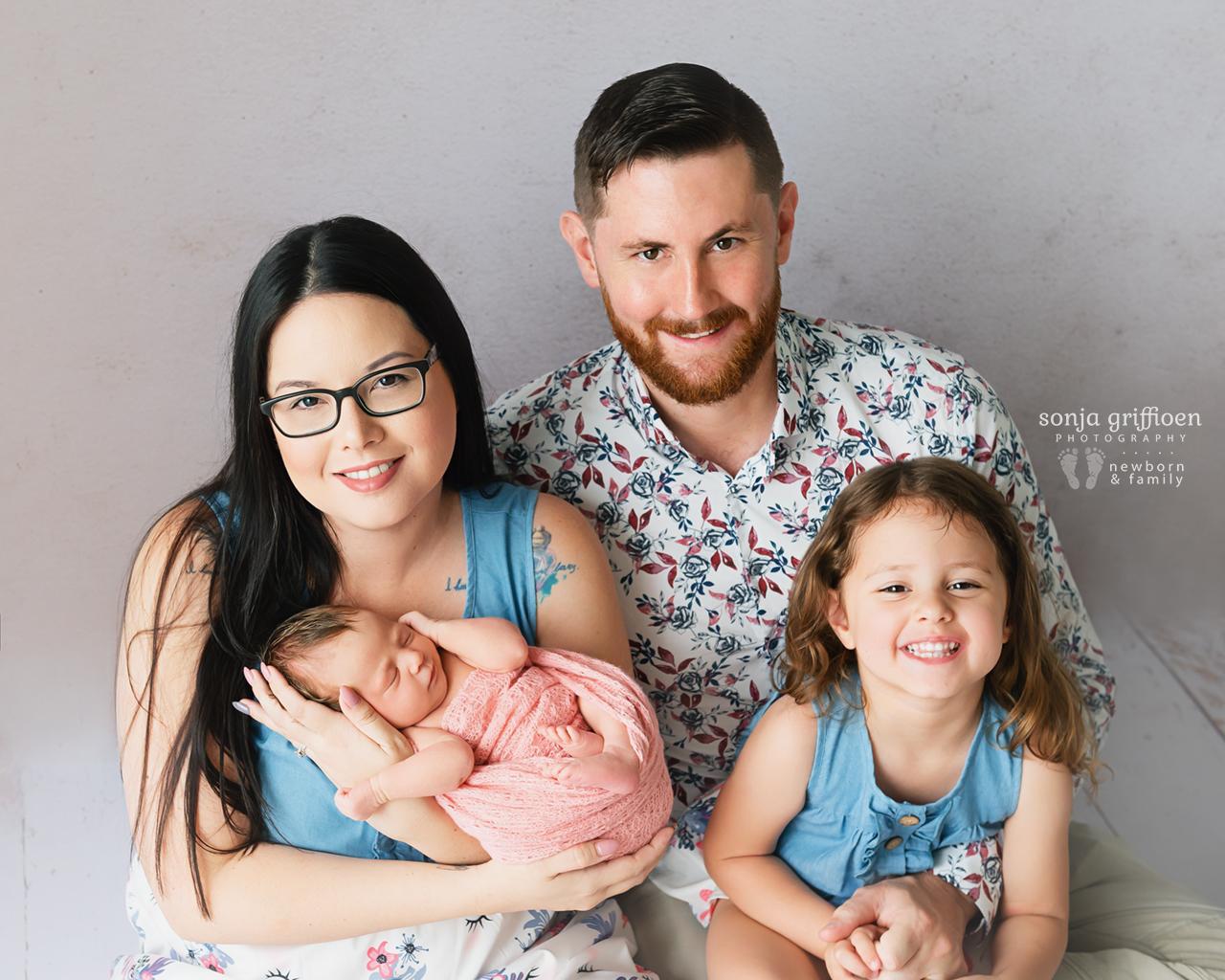 Delilah-Newborn-Brisbane-Newborn-Photographer-Sonja-Griffioen-02.jpg