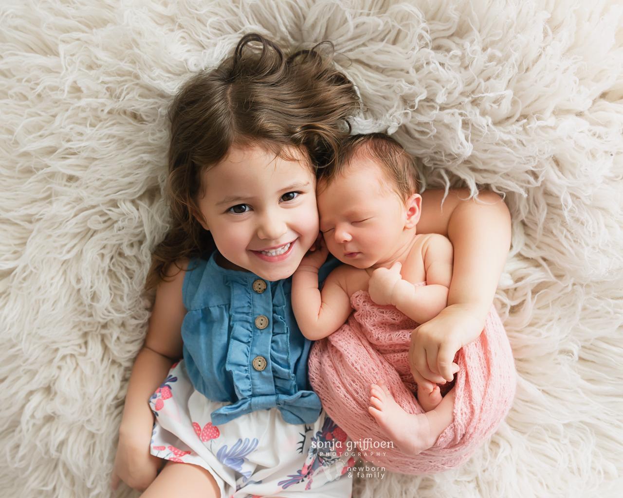 Delilah-Newborn-Brisbane-Newborn-Photographer-Sonja-Griffioen-04.jpg