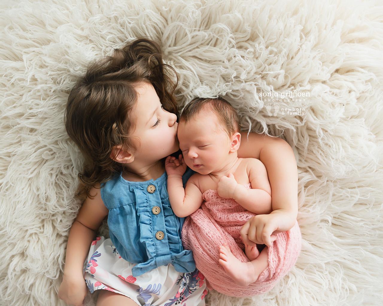 Delilah-Newborn-Brisbane-Newborn-Photographer-Sonja-Griffioen-05.jpg