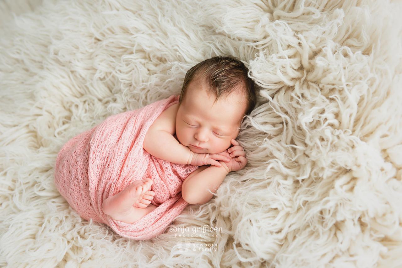 Delilah-Newborn-Brisbane-Newborn-Photographer-Sonja-Griffioen-06.jpg