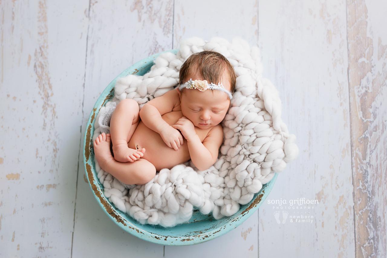 Delilah-Newborn-Brisbane-Newborn-Photographer-Sonja-Griffioen-10.jpg