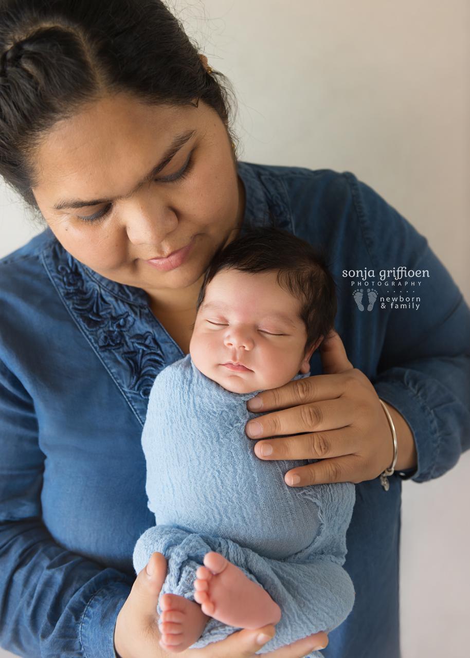 Dilsamraat-Newborn-Brisbane-Newborn-Photographer-Sonja-Griffioen-14b.jpg
