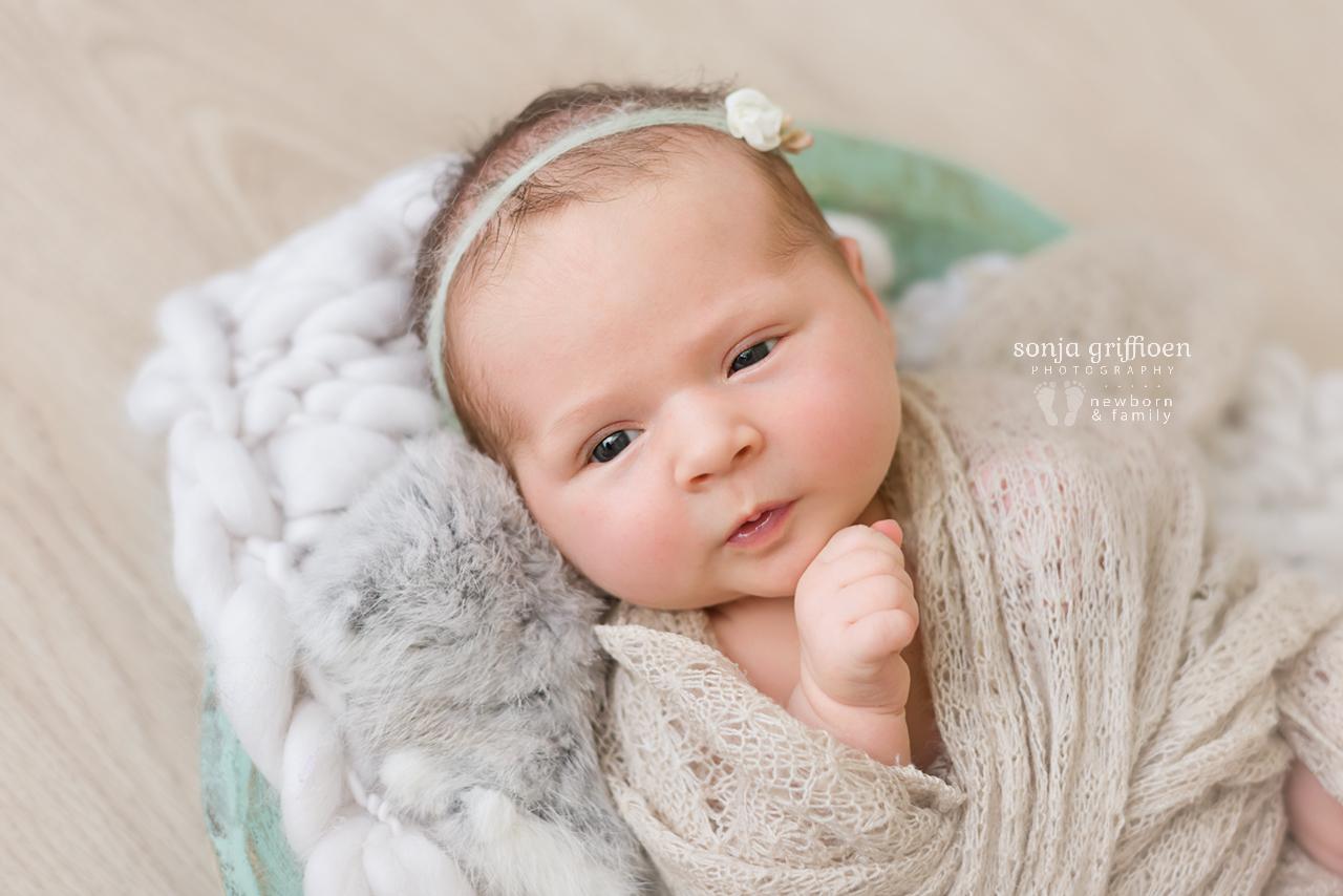 Elsi-Newborn-Brisbane-Newborn-Photographer-Sonja-Griffioen-11.jpg