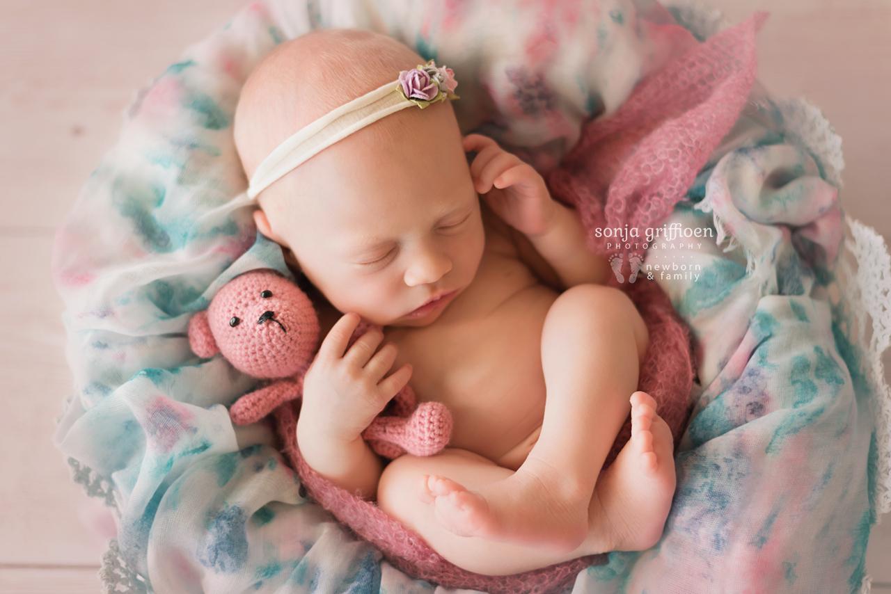 Elsie-Newborn-Brisbane-Newborn-Photographer-Sonja-Griffioen-06.jpg