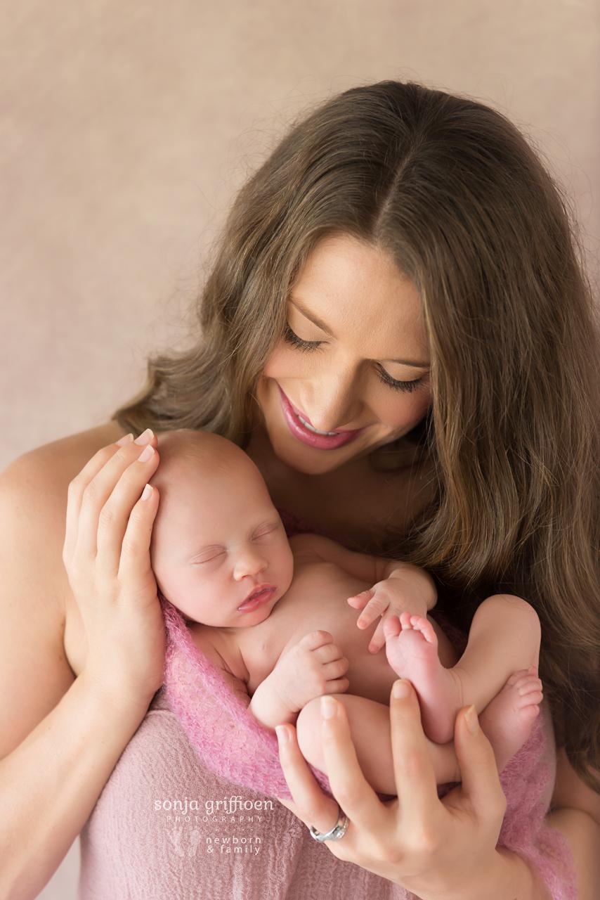 Elsie-Newborn-Brisbane-Newborn-Photographer-Sonja-Griffioen-09.jpg