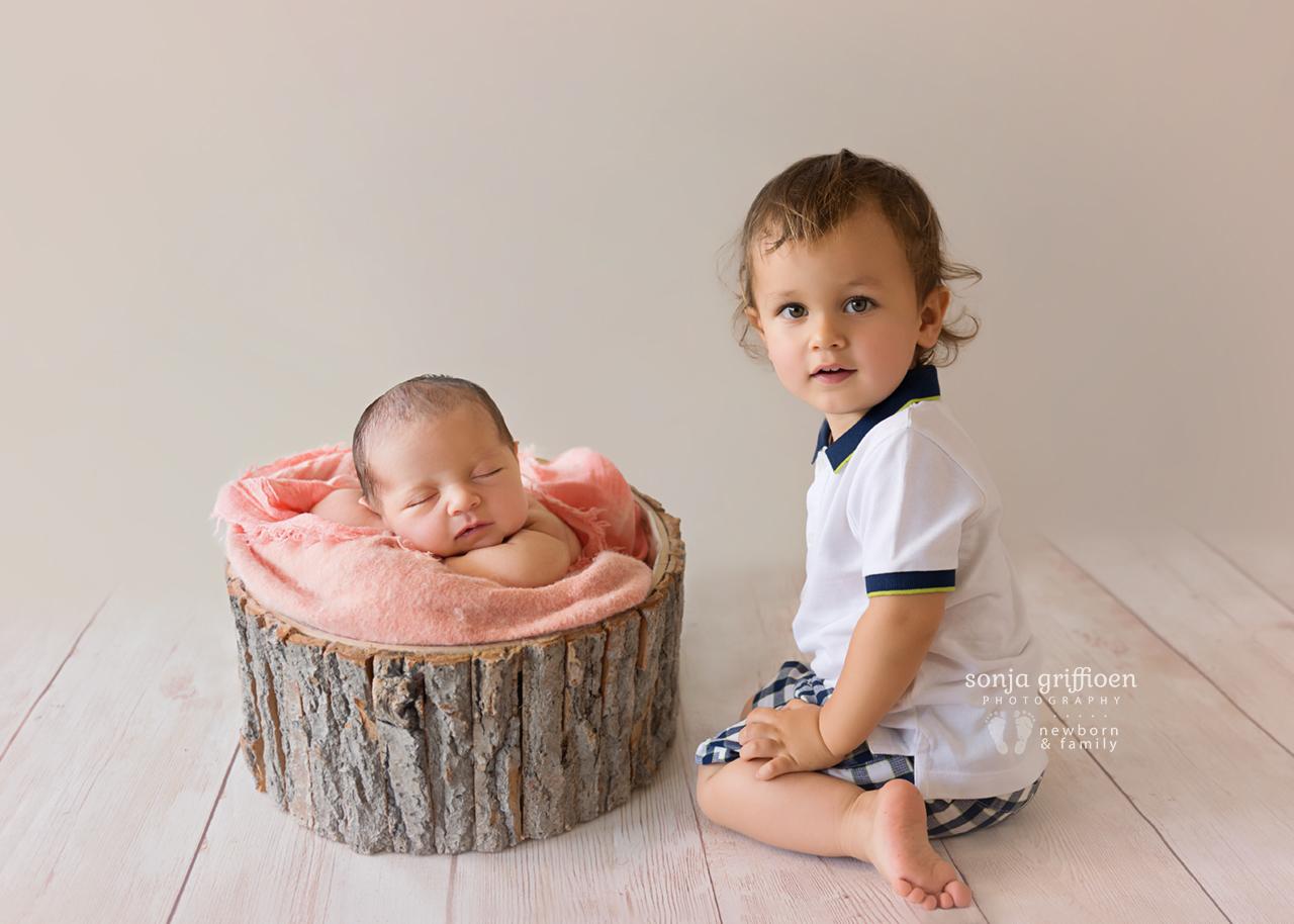 Emma-Newborn-Brisbane-Newborn-Photographer-Sonja-Griffioen-08.jpg
