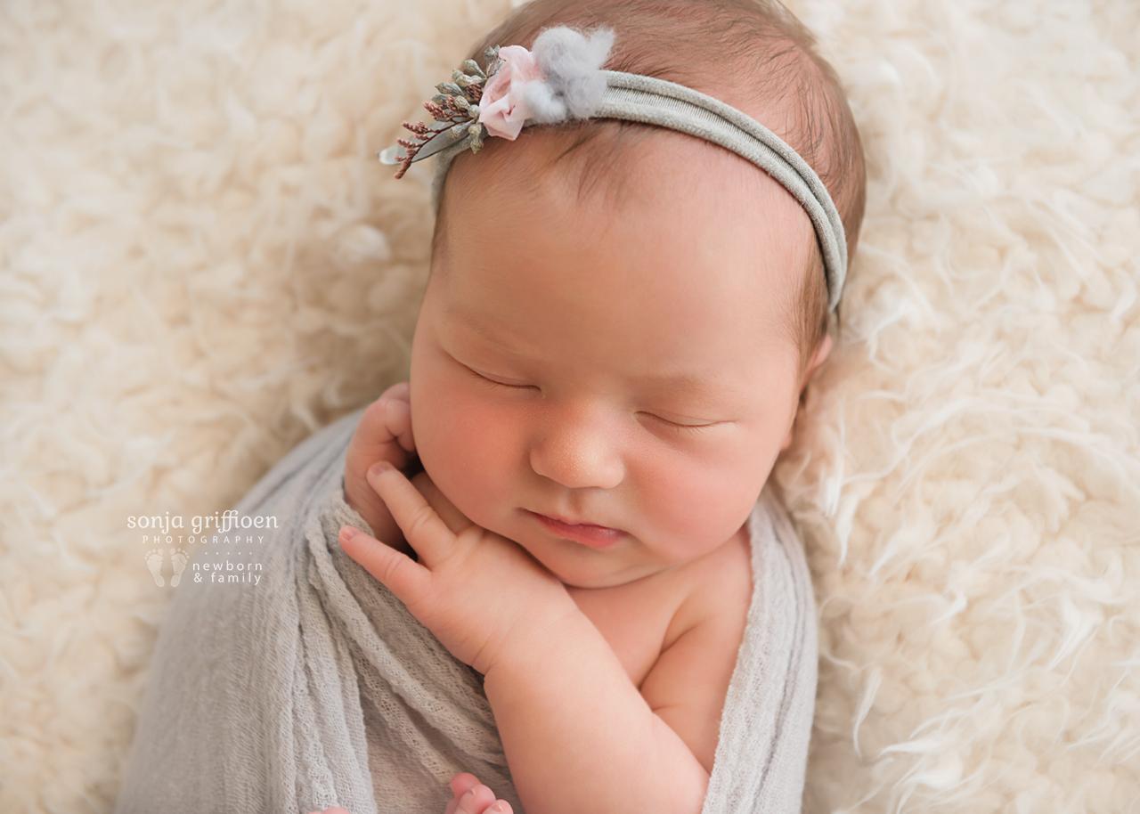 Estella-Newborn-Brisbane-Newborn-Photographer-Sonja-Griffioen-02.jpg