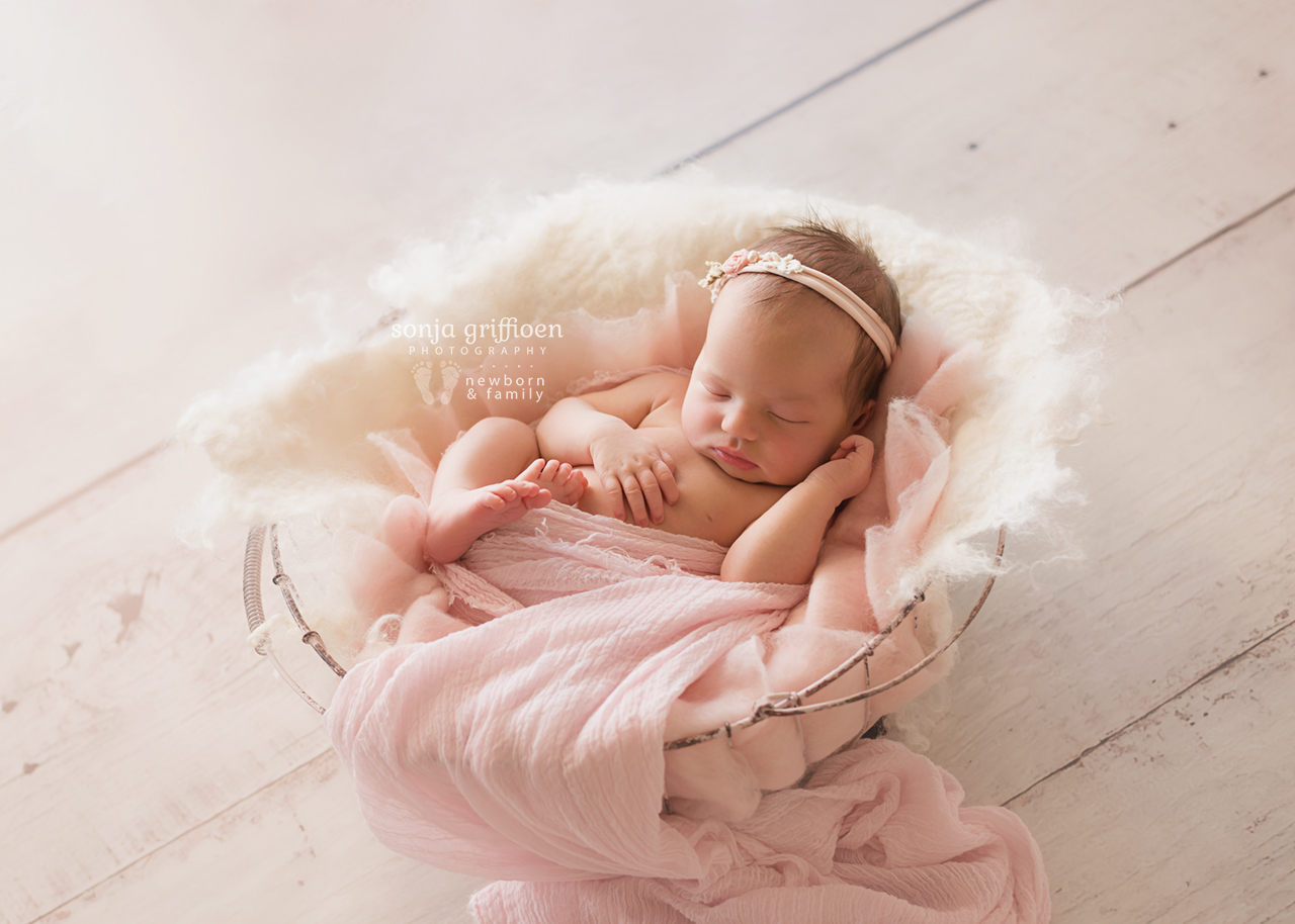 Estella-Newborn-Brisbane-Newborn-Photographer-Sonja-Griffioen-15.jpg