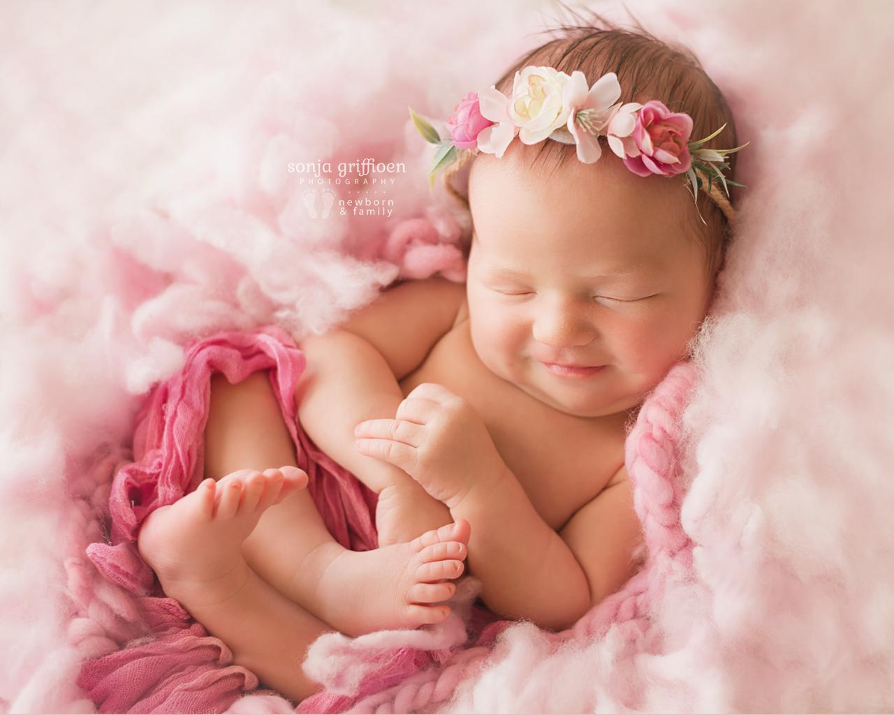 Estella-Newborn-Brisbane-Newborn-Photographer-Sonja-Griffioen-24.jpg