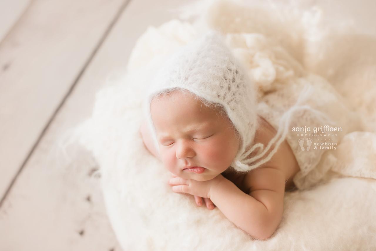 Estella-Newborn-Brisbane-Newborn-Photographer-Sonja-Griffioen-32.jpg