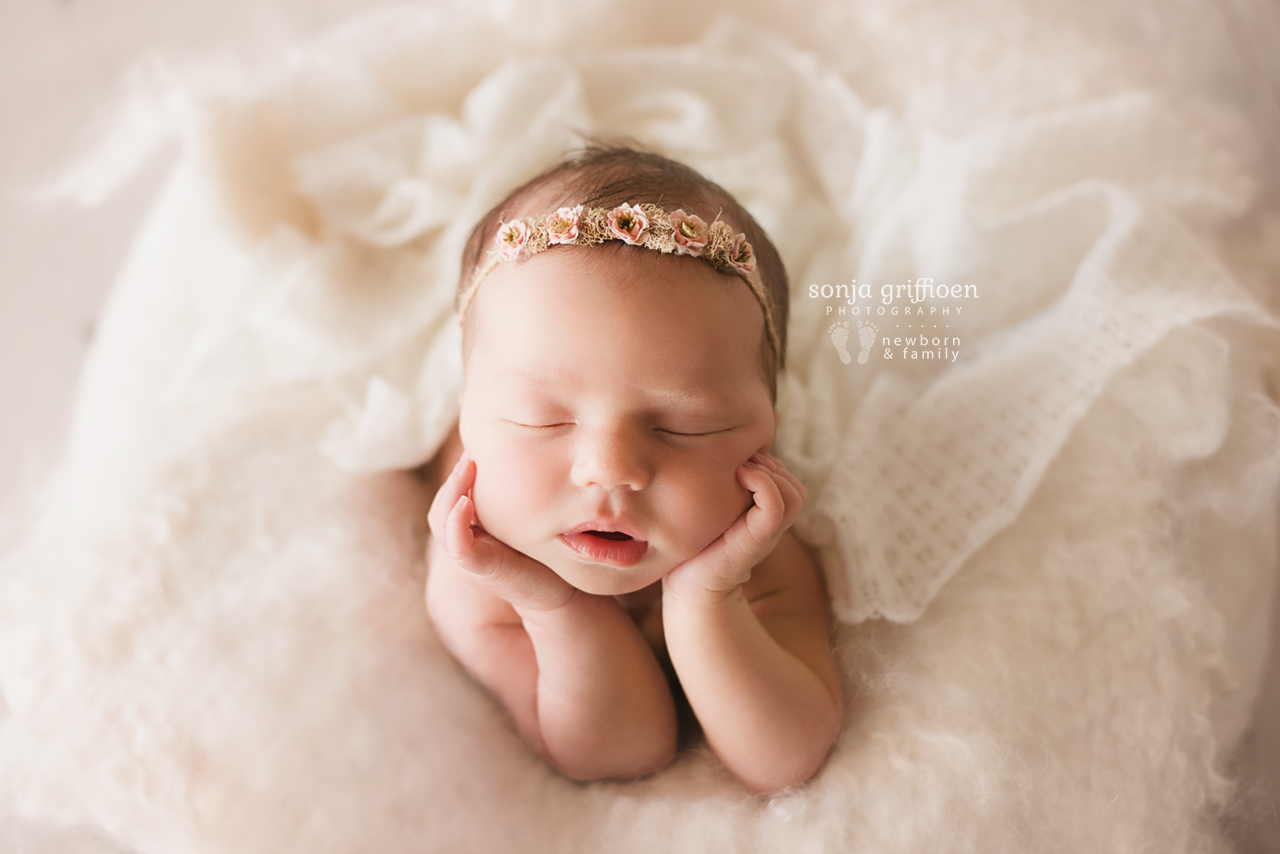 Estella-Newborn-Brisbane-Newborn-Photographer-Sonja-Griffioen-35.jpg
