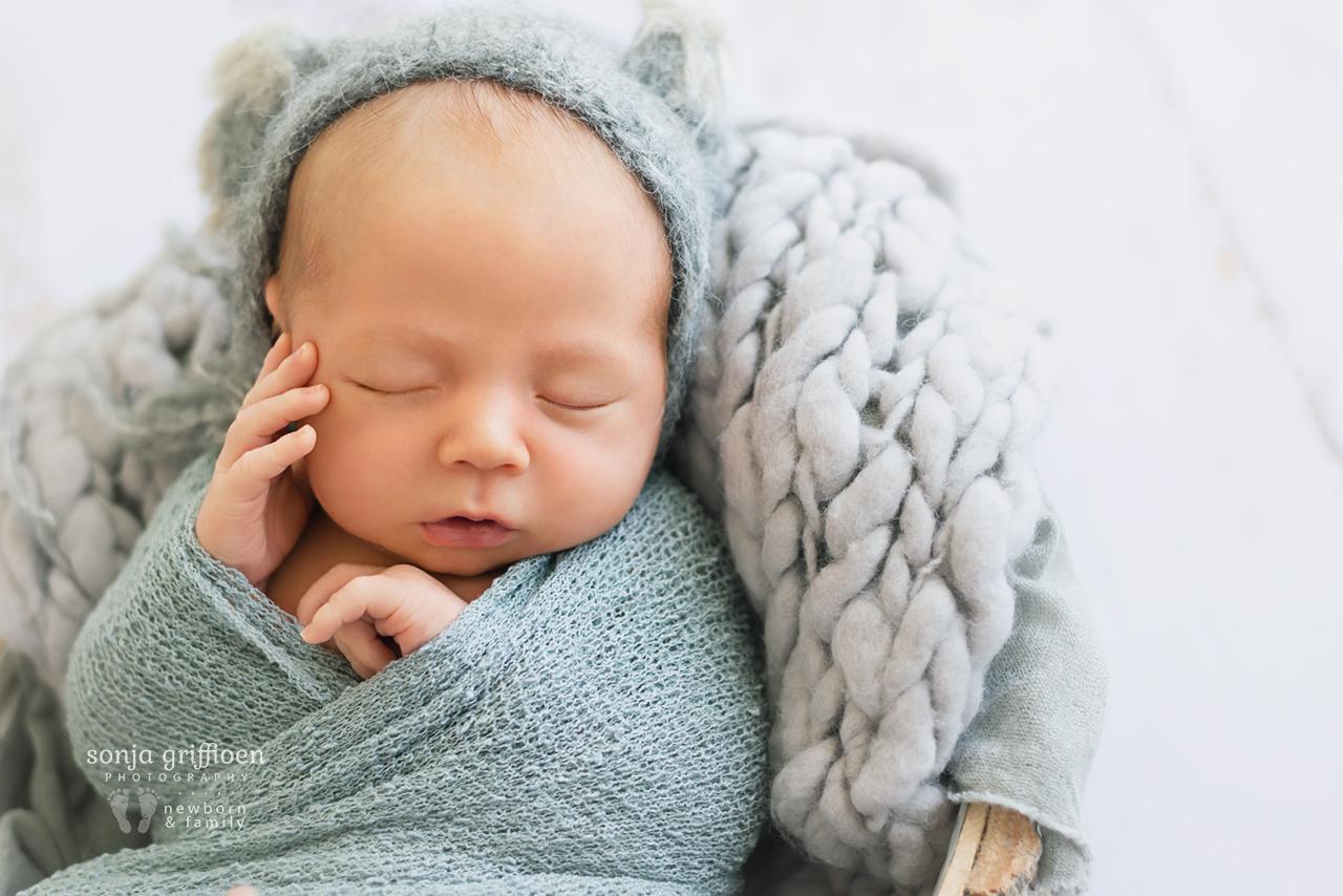 Ethan-D-Newborn-Brisbane-Newborn-Photographer-Sonja-Griffioen-17.jpg