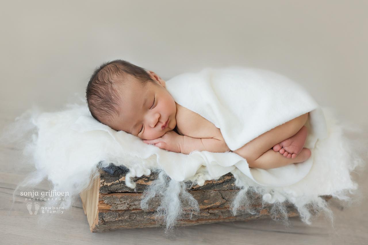 Ethan-Newborn-Brisbane-Newborn-Photographer-Sonja-Griffioen-18.jpg