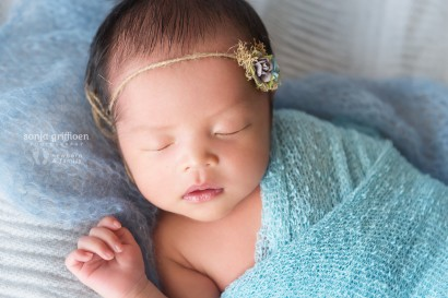 Brisbane Newborn Photography, Baby photographer Brisbane, Vietnamese newborn girl, girls in blue, newborn in blue wrap, Bulimba newborn photography