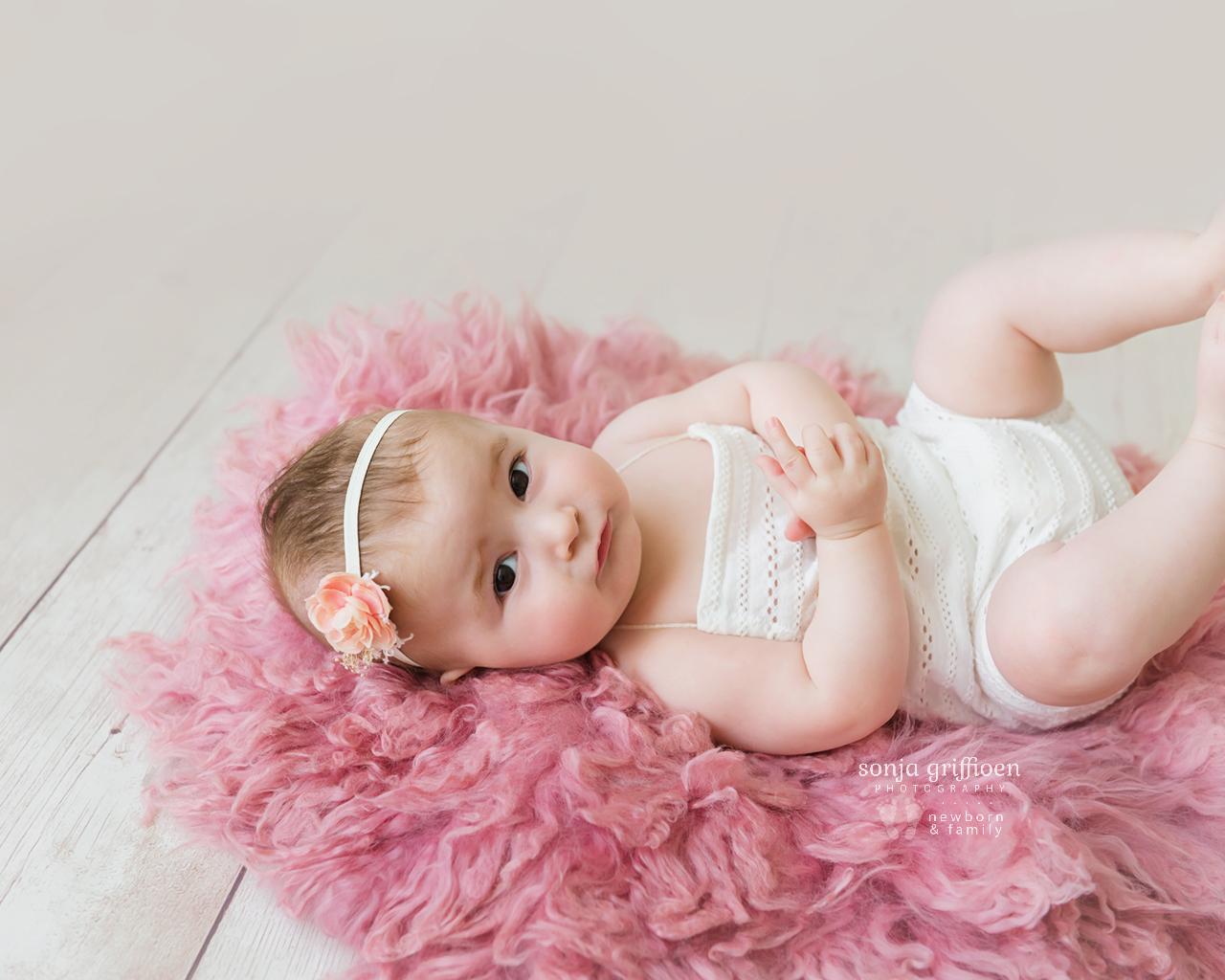 Everlyn-Milestone-Brisbane-Baby-Photography-Sonja-Griffioen-15.jpg