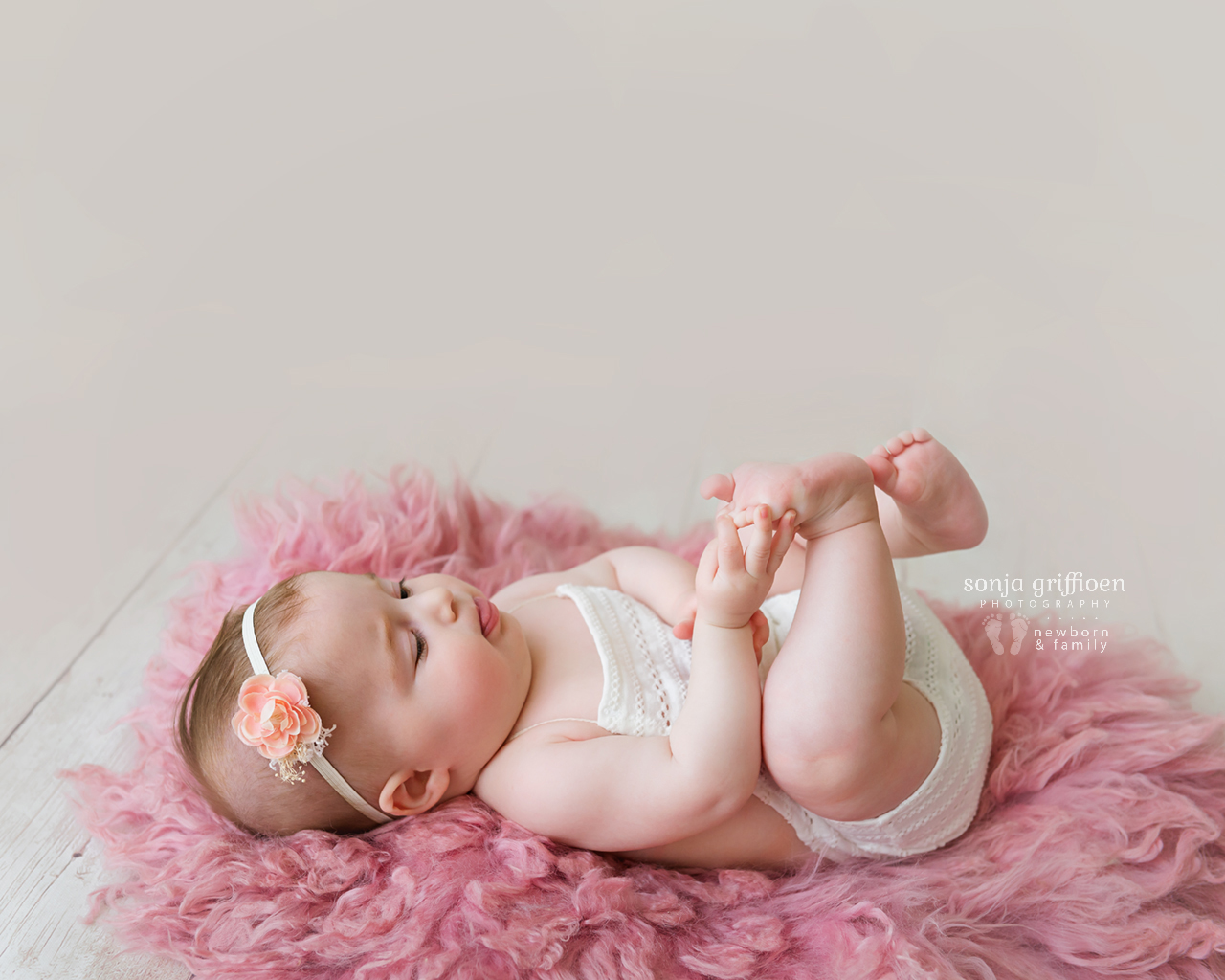 Everlyn-Milestone-Brisbane-Baby-Photography-Sonja-Griffioen-16.jpg