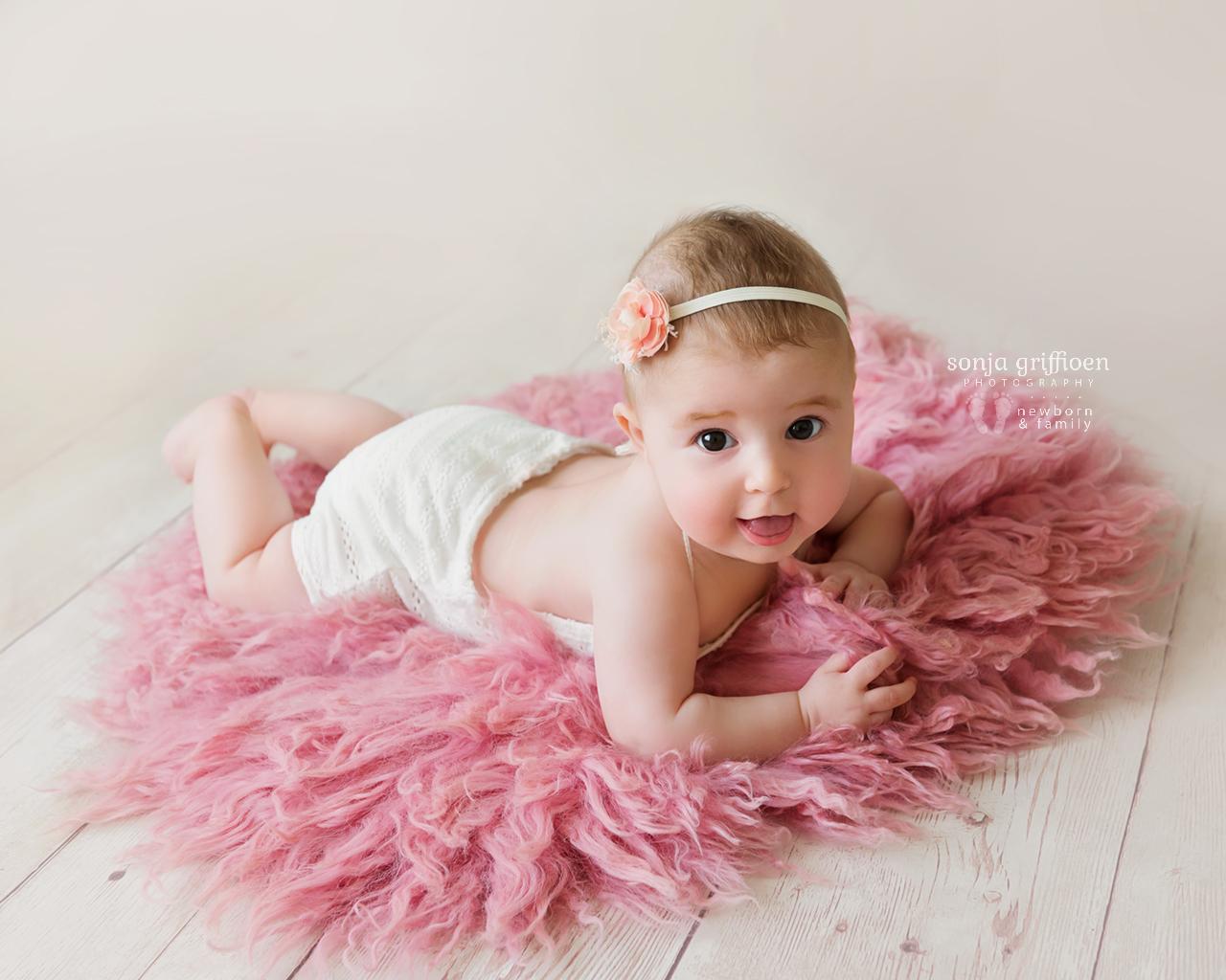 Everlyn-Milestone-Brisbane-Baby-Photography-Sonja-Griffioen-17.jpg