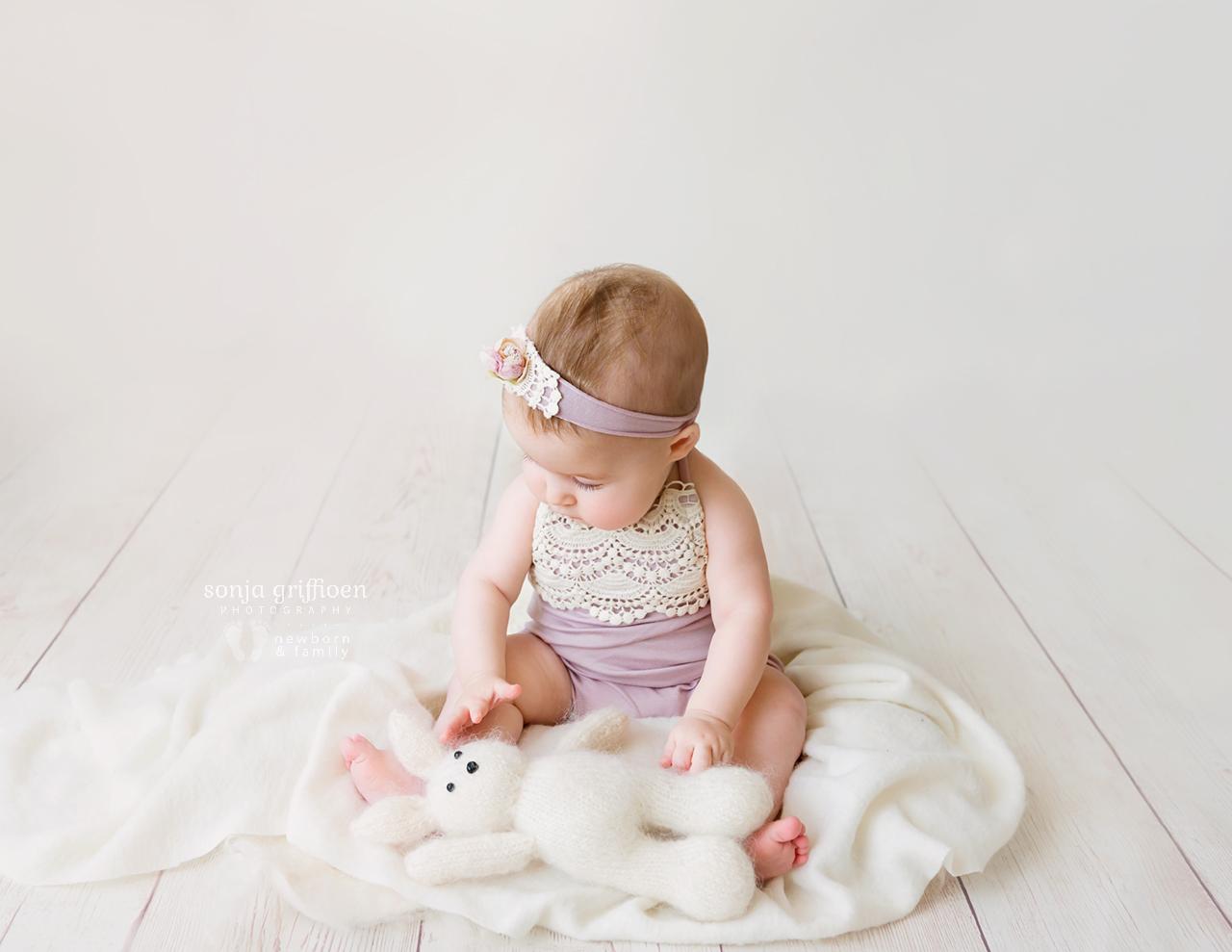 Everlyn-Milestone-Brisbane-Baby-Photography-Sonja-Griffioen-24.jpg