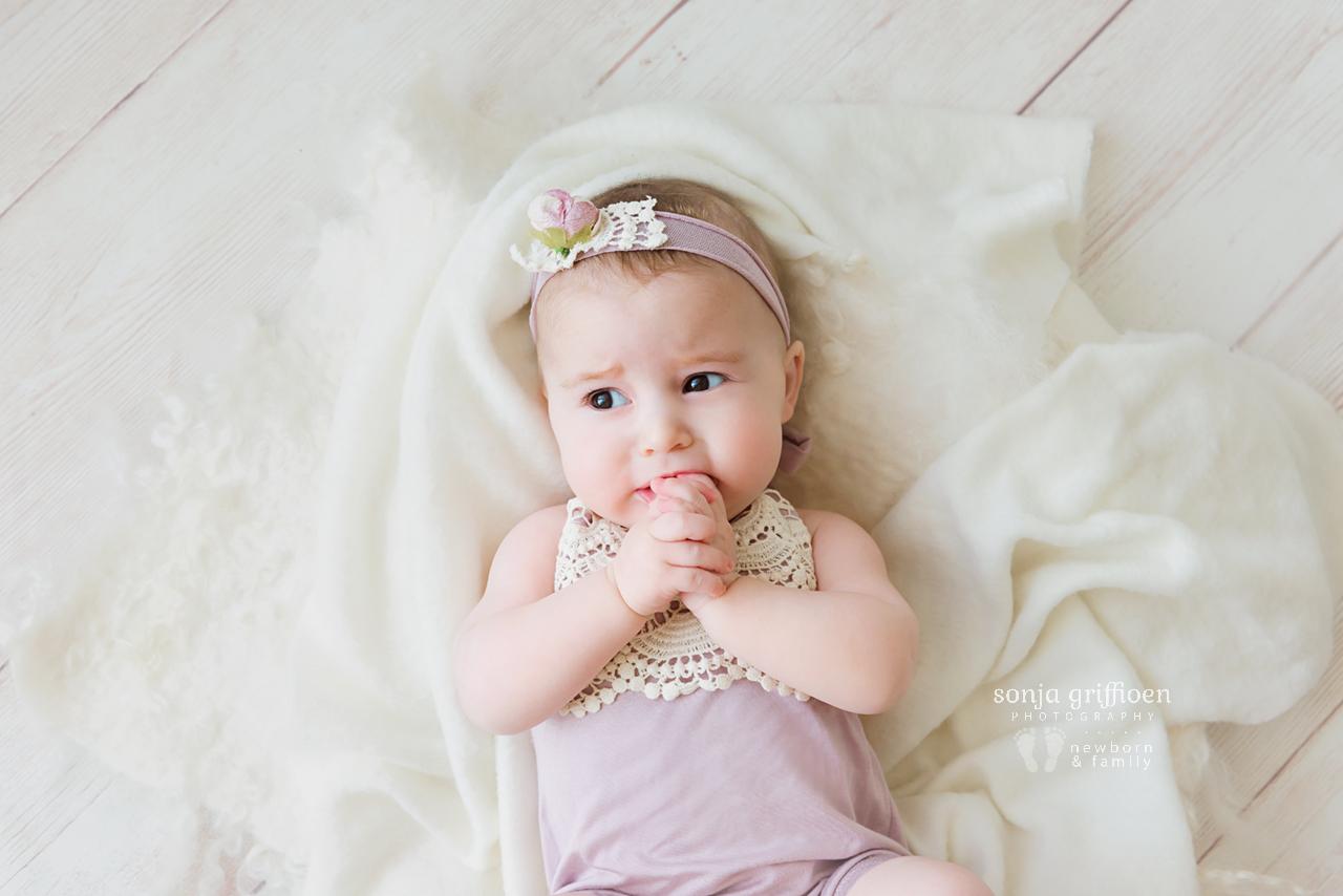Everlyn-Milestone-Brisbane-Baby-Photography-Sonja-Griffioen-28.jpg