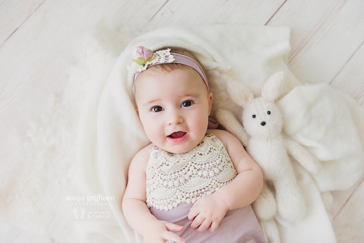 Everlyn-Milestone-Brisbane-Baby-Photography-Sonja-Griffioen-32.jpg