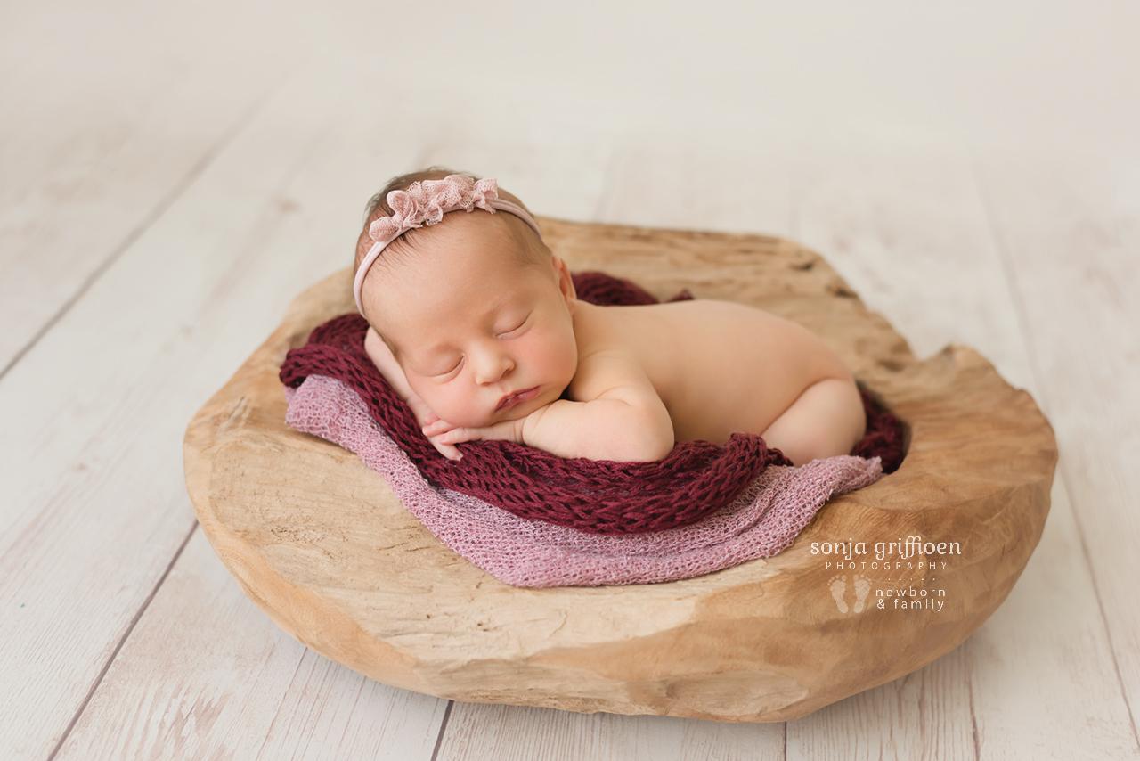 Everlyn-Newborn-Brisbane-Newborn-Photographer-Sonja-Griffioen-17.jpg