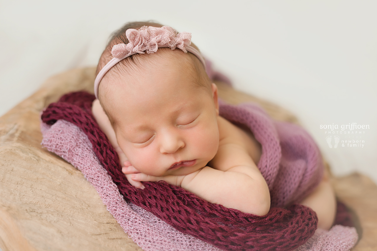 Everlyn-Newborn-Brisbane-Newborn-Photographer-Sonja-Griffioen-18.jpg