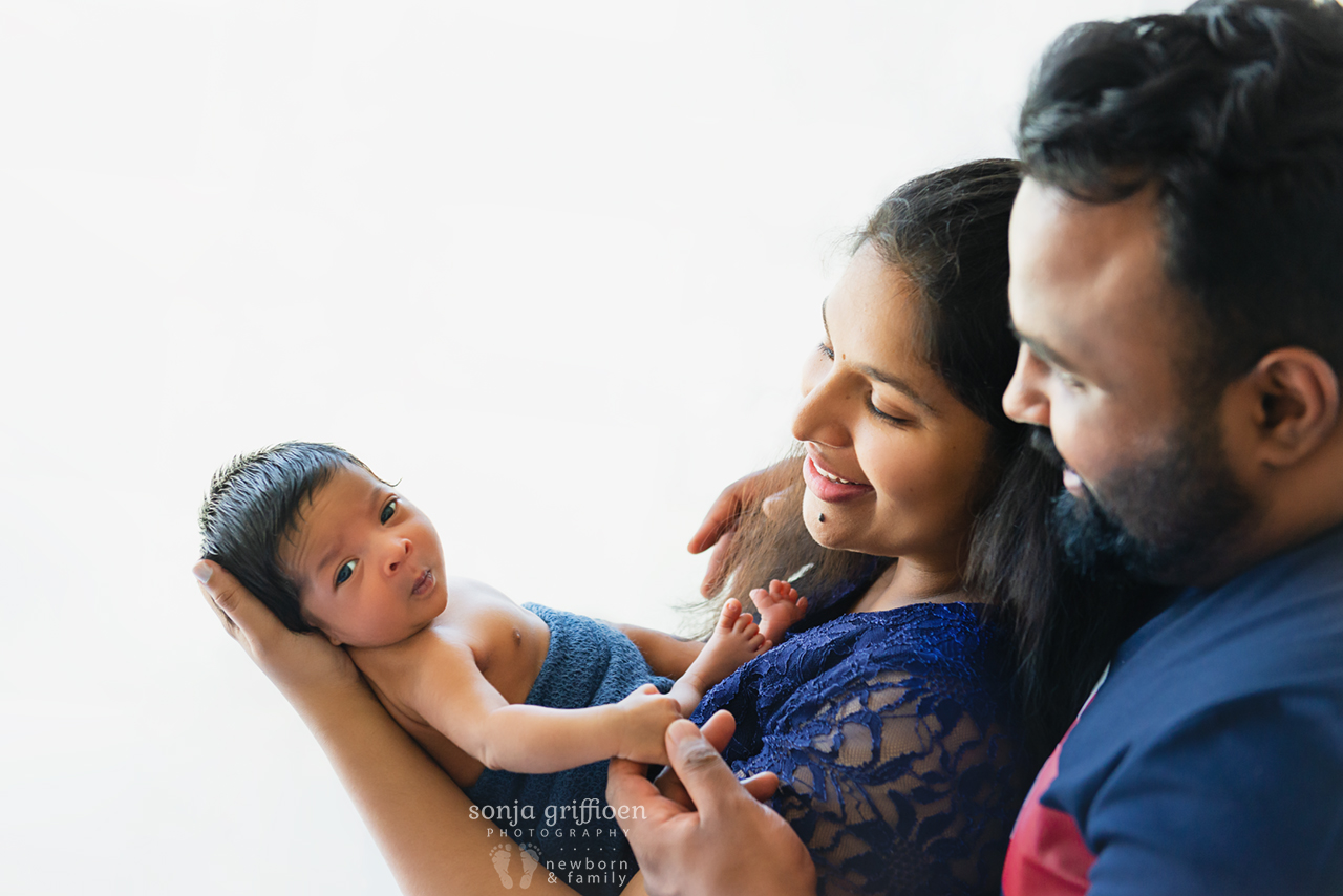Ezekiel-Newborn-Brisbane-Newborn-Photographer-Sonja-Griffioen-15.jpg