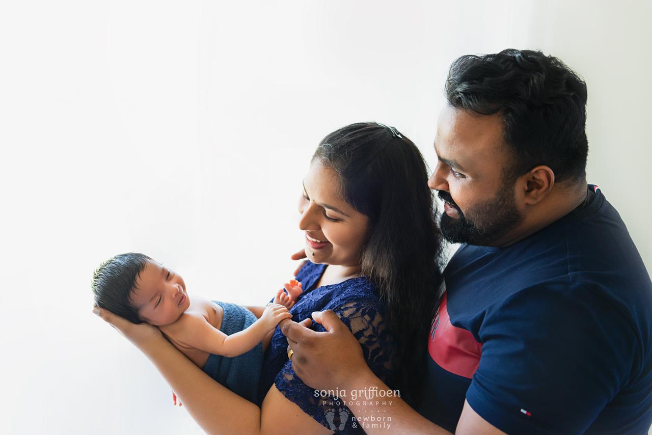 Ezekiel-Newborn-Brisbane-Newborn-Photographer-Sonja-Griffioen-16.jpg