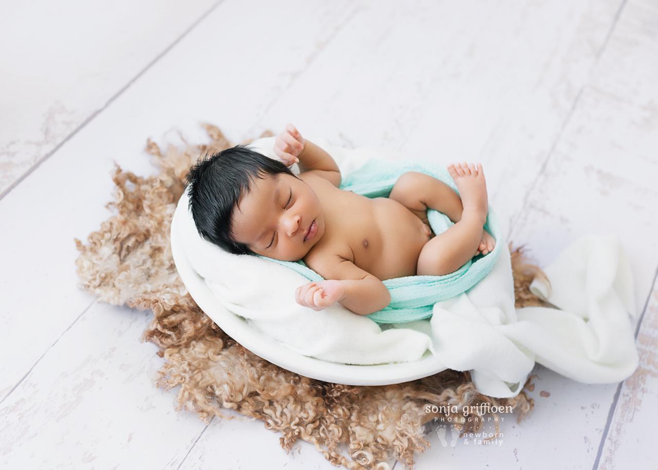 Ezekiel-Newborn-Brisbane-Newborn-Photographer-Sonja-Griffioen-22.jpg