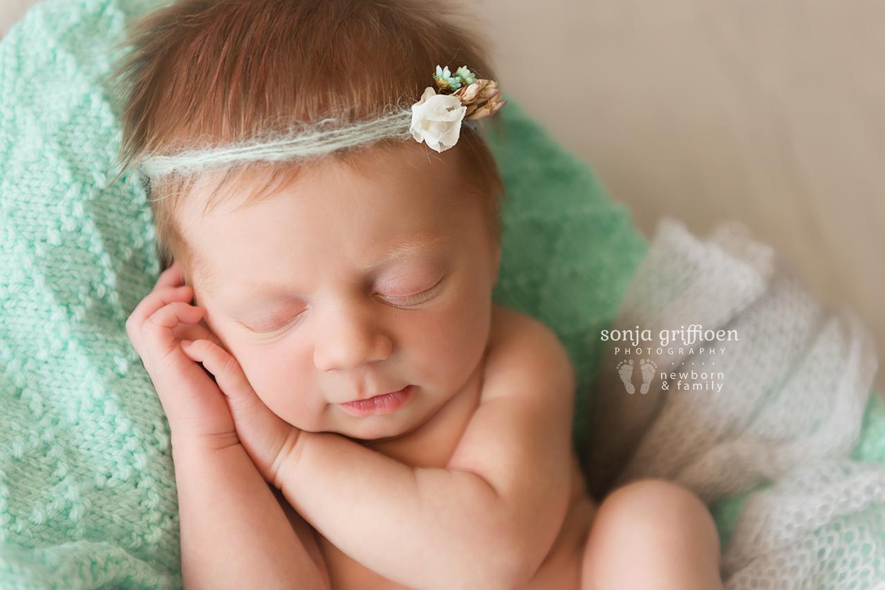 Freya-Newborn-Brisbane-Newborn-Photographer-Sonja-Griffioen-03.jpg